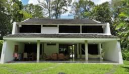 Casa em Clube de Campo 4 Quartos sendo 3 Suítes