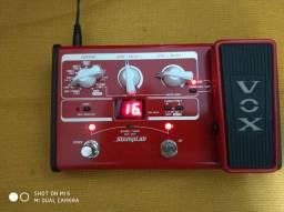 Pedal Vox baixo Stomplab 2b com fonte na caixa