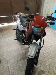 Falcon 400cc 2020 no verde placa Mercosul