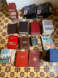 Livros antigos a partir de 5 reais