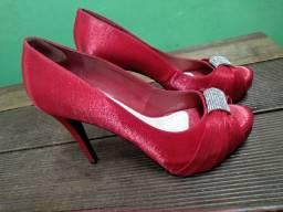 Sapato de salto 38