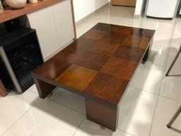 Linda mesa de centro de madeira - design