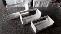 Jogo de 3 nichos prateleiras feitas em madeira MDF para pendurar na parede