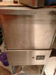 Máquina de lavar louça Netter 210