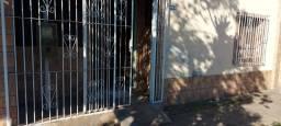 Título do anúncio: casa boa 2dorm, perto centro de São Leopoldo