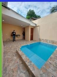 Com 3 quartos e piscina px chapéu Goiano Casa no novo Aleixo