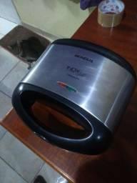 Sanduicheira/grill