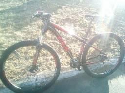 Bicicleta aro 29... Tamanho 15,5