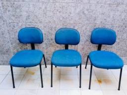 3 Cadeiras por 150,00