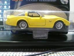 Miniatura 1979 Corvette - Maisto Escala 1:39