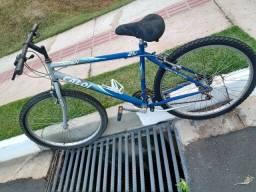 Bicicleta aro 26 R$350,00