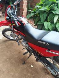 Vendo Moto NXR - Bross150 Conservada