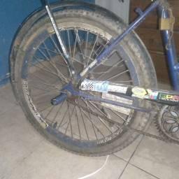 Vendo uma bicicleta poti