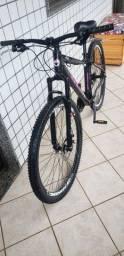 Bicicleta GTSM1 aro 29 freio a disco e quadro de alumínio