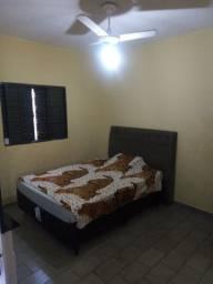 Alugo quarto para moça ou rapaz bairro próximo Av Dom Pedro Ipiranga