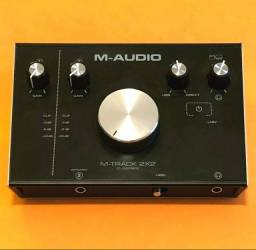 Interface de áudio M-track 2x2