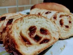 Pão natural e goiabada