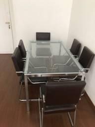 Mesa de vidro com cadeira de couro 6 lugares