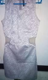 Vestidos semi novo