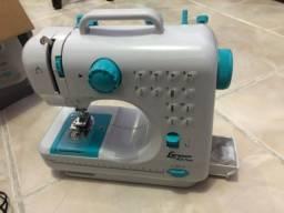 Máquina de costura Lenoxx