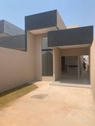 Título do anúncio: casa diferenciada no cond das esmeraldas goiania