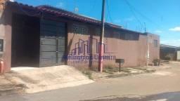 Título do anúncio: Casa 2/4 sendo 1 suíte Bairro Floresta 207 M² R$ 145.000,00