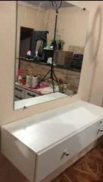 Espelho e Bancada com duas Gavetas por 400$ NAO ENTREGO