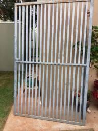 Portão de ferro