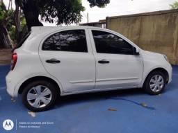 Título do anúncio: Vendo um carro nissan March 1.0
