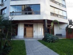 Apartamento 3 dormitórios no Torre de La Cité