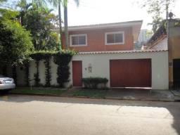 Título do anúncio: Alugo/Vendo Casa com 4 Quartos (2 Suites) - Morumbi - Excelente Localização c Segurança