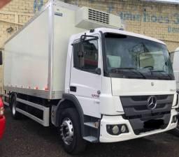 Caminhão Atego 1719 2012