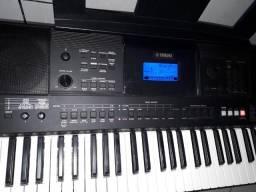Yamaha E453
