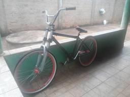 Bike 400 r$ pego bone