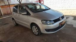 VOLKSWAGEN FOX 2010/2011 1.0 MI TREND 8V FLEX 4P MANUAL - 2011