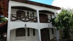 Casa Residencial na Pituba 7/4, para Venda e Locação. 630 m² na Pituba