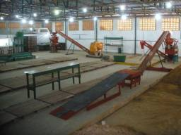 Fábrica de tijolos ecológicos