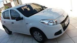 Renault Sandero Aut. 1.0. Unica dona. 31.000 Km. Excelente estado - 2013