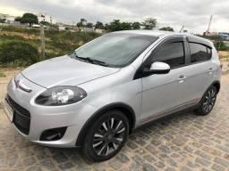 Fiat Pálio Sporting 1.6 - 2016/2017 - 2017