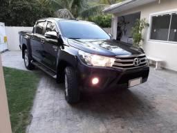 Toyota Hilux Srv 2.7 4x2 Flex - 2017