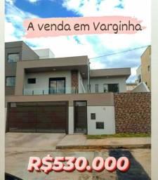 Linda Casa a Venda em Varginha
