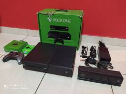 Vendo Xbox one feat top com Kinect
