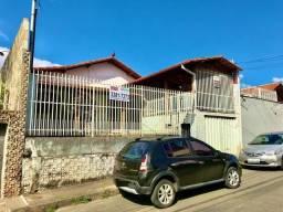 Casa à venda com 3 dormitórios em Alípio de melo, Belo horizonte cod:FUT3542