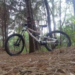 Bike specialized status 2 para downhill