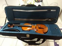 Violino Eagle VE441 4/4 + Espaleira + Estante Partitura