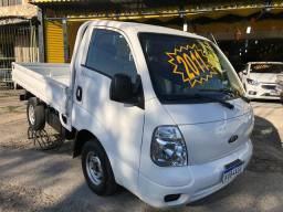 Kia Bongo 2012 k2500 diesel branco carroceria de ferro