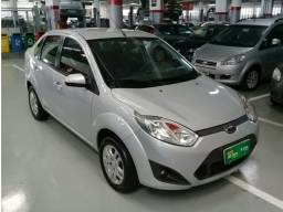 Ford fiesta sedan 1.6 manual 2013/2013
