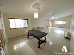 Casa no porcelanato com piscina, 5 dormitórios em Piedade