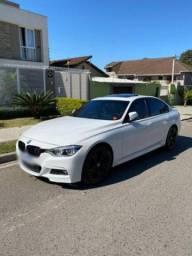 +Carro BMW sport active