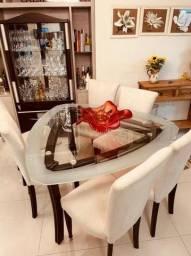 Mesa de Jantar Triangular com 6 cadeiras